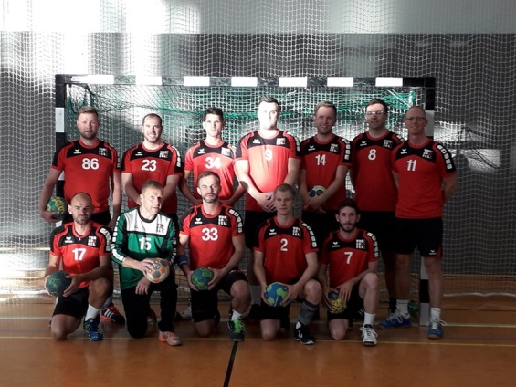 tl_files/vorspiel_ssl_bln/bilder/news_events/Handball_Teamfoto_2018.jpg