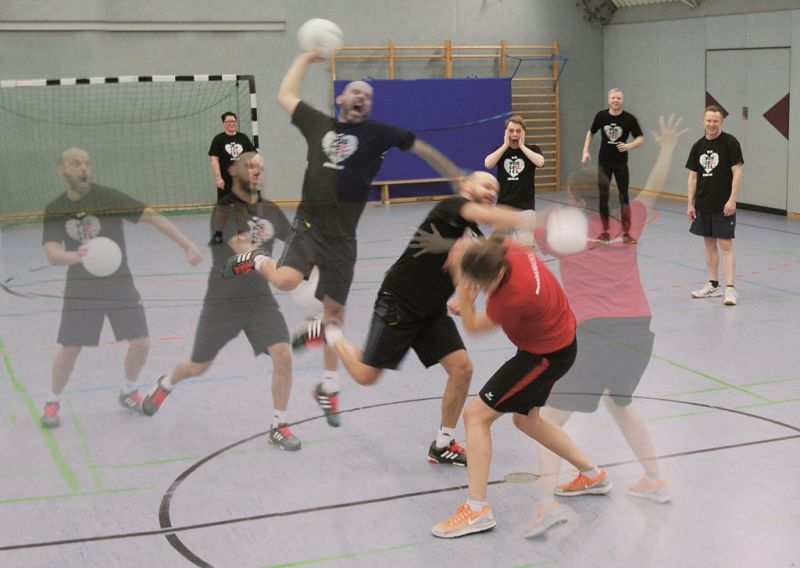 tl_files/vorspiel_ssl_bln/bilder/news_events/Voelkerball002.jpg
