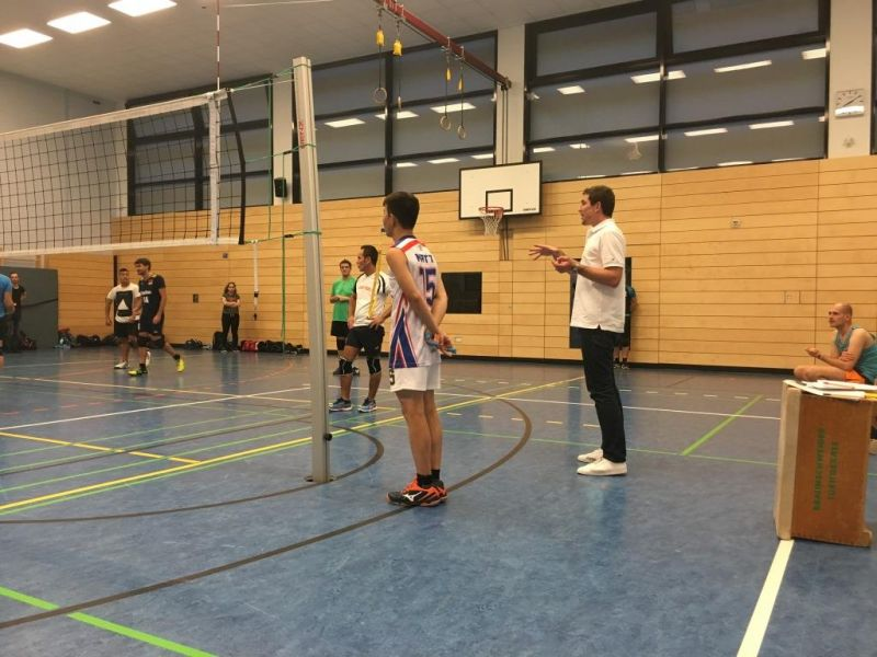files/vorspiel_ssl_bln/bilder/news_events/Volleyball_Schiedsrichterlehrgang_2016_kl.jpg